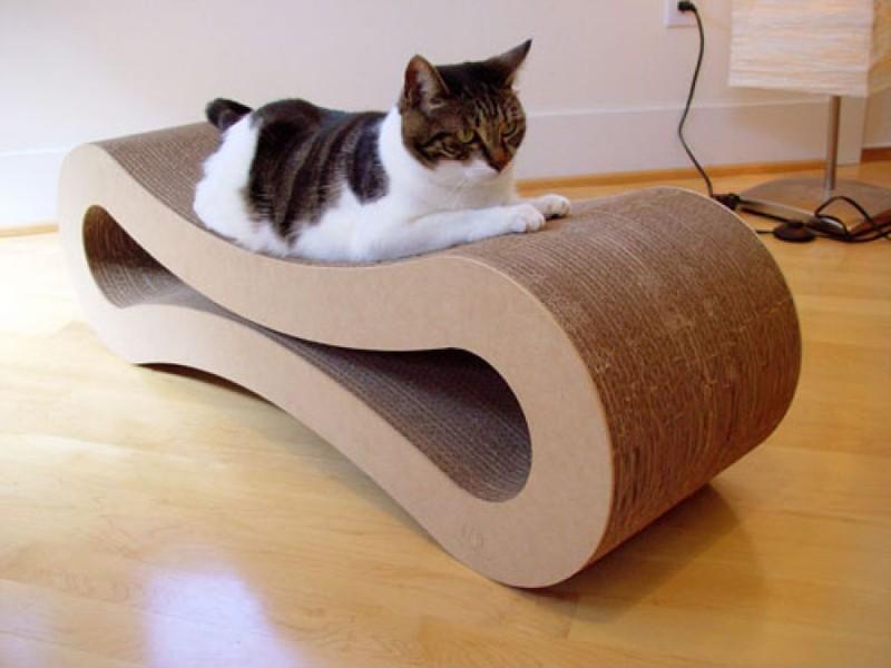 Как сделать когтеточку из картона для кошки своими руками фото пошагово