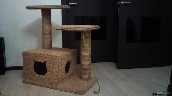 Смотреть видео как сделать дом для кота своими руками